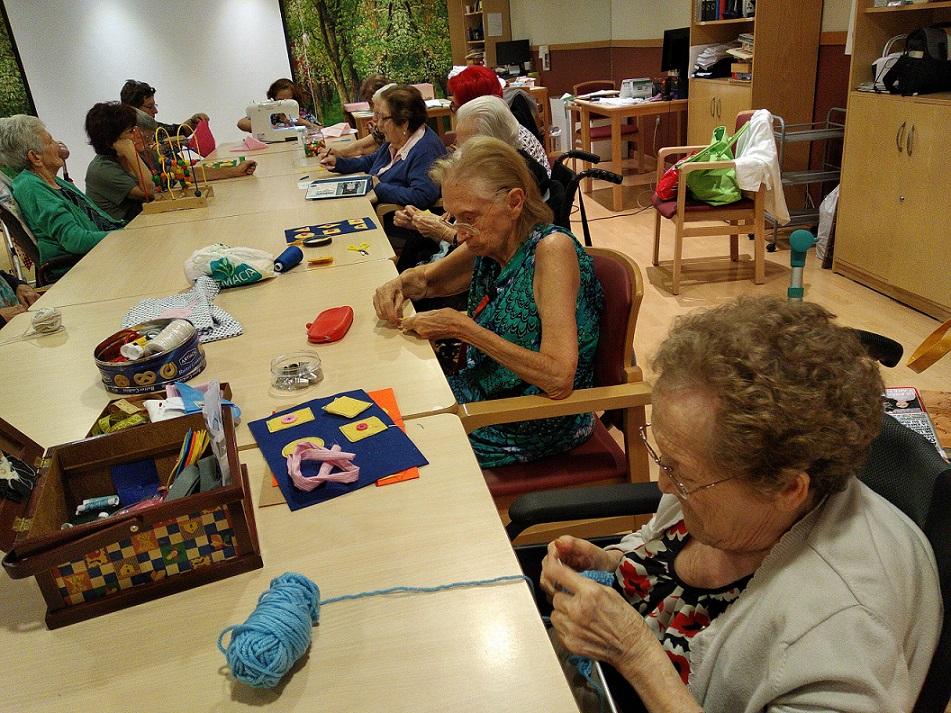 taller de costura mayores