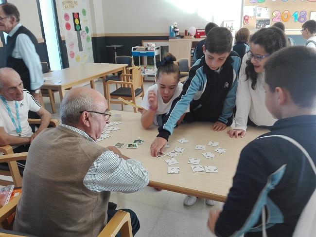 Gymkhana de las demencias con colegio Jesús Nazareno