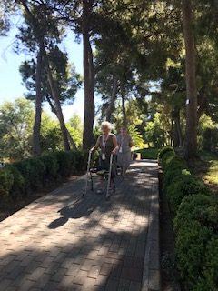Salida al Parque del seminario en DomusVi Condes de Corbull 4