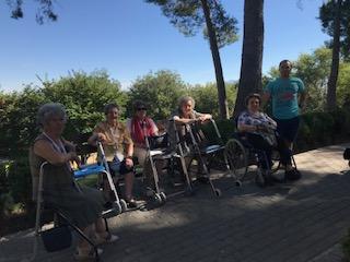 Salida al Parque del seminario en DomusVi Condes de Corbull 5