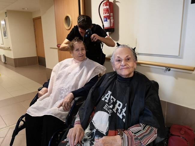 Prácticas voluntarias peluquería y estética 4