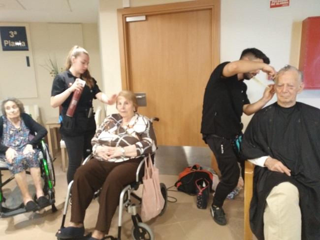 face badajoz taller rintergeneracional practicas peluqueria voluntariados (10)