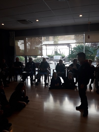 Encuentro intergeneracional en DomusVi Santa Justa 2