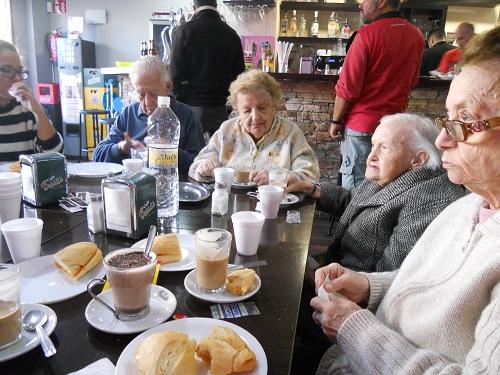 desayunos de mayores DomusVi Fuentesol