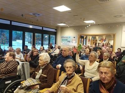 Cantamos villancicos en DomusVi Alcalá de Guadaíra