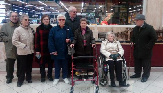 DomusVi Valdemoro visita al Belen del centro comercial El Restón(10)