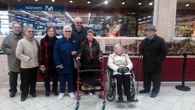 DomusVi Valdemoro visita al Belen del centro comercial El Restón(11)