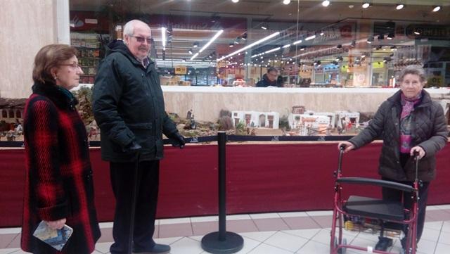 DomusVi Valdemoro visita al Belen del centro comercial El Restón(6)