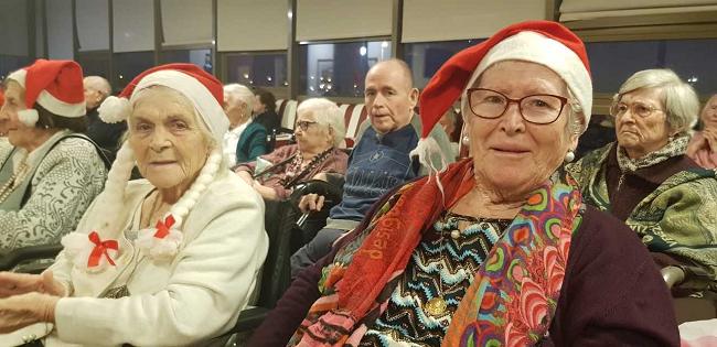 Gerontogimnasia en Navidad6