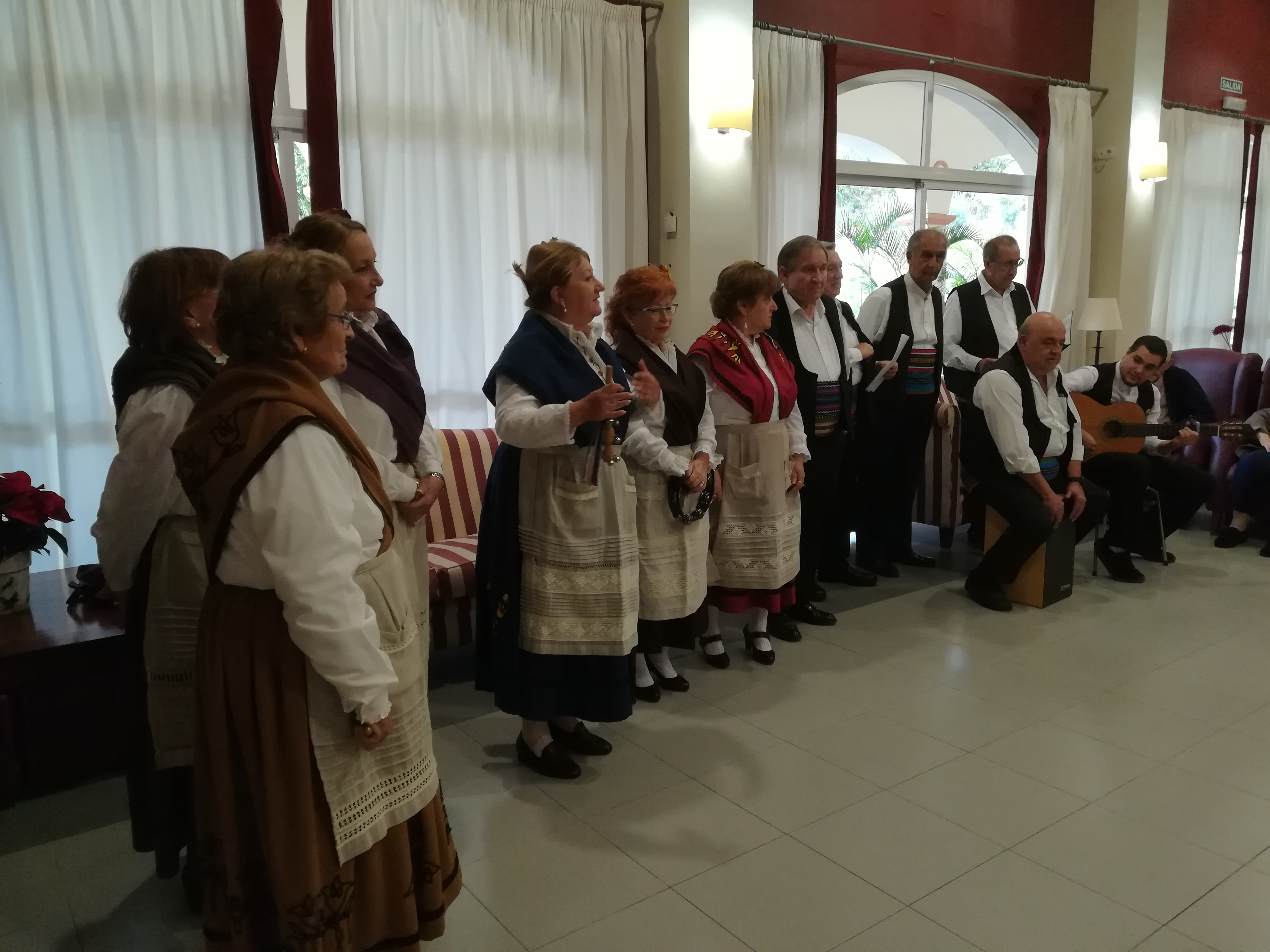 Asociación cultural y DomusVi Fuentesol