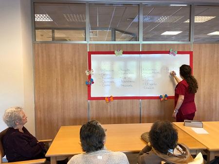 Trabajamos la reminiscencia en DomusVi Alcalá de Guadaíra