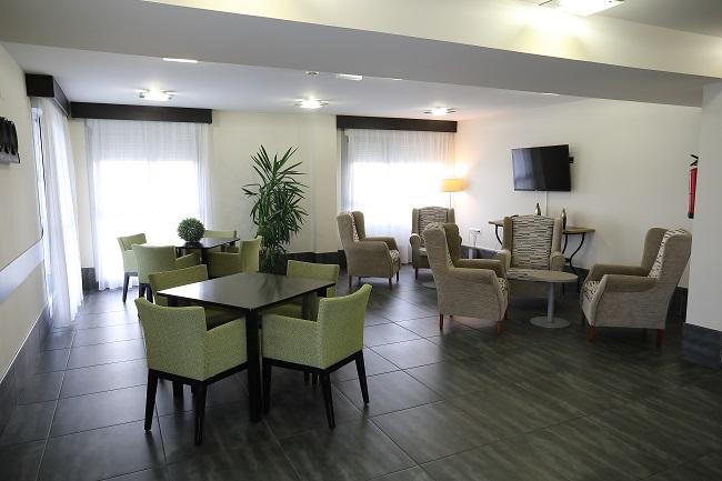 DomusVi Arroyo sala de estar1