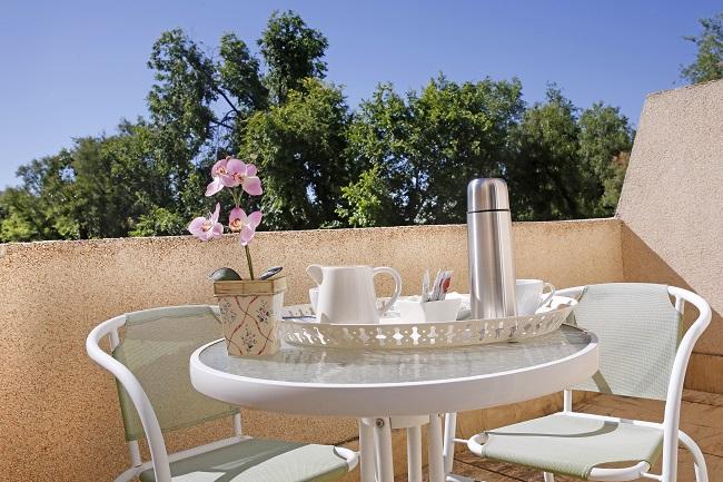 DomusVi Jardines de Lliria terraza