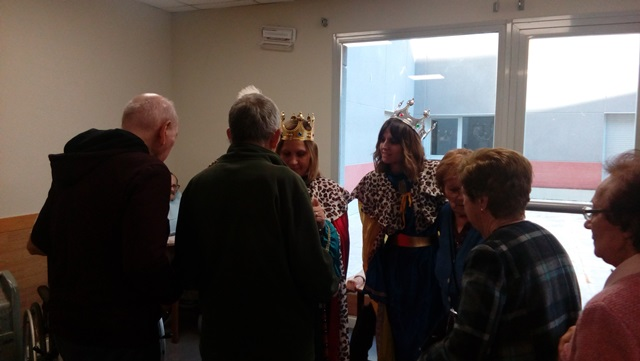 DomusVi Valdemoro, visita reyes magos (9)