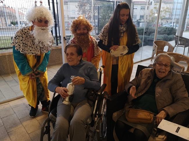 Reyes Mayos en residencia de mayores Badajoz