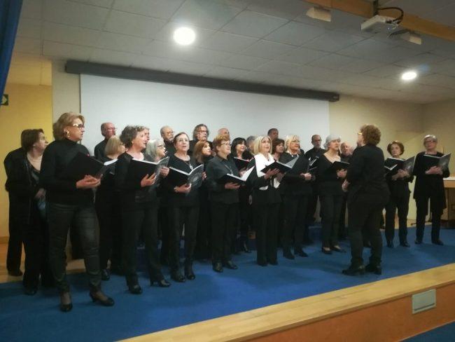 DomusVi Matogrande coro Universidad Senior