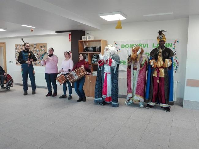 Reyes magos DomusVi Lalín