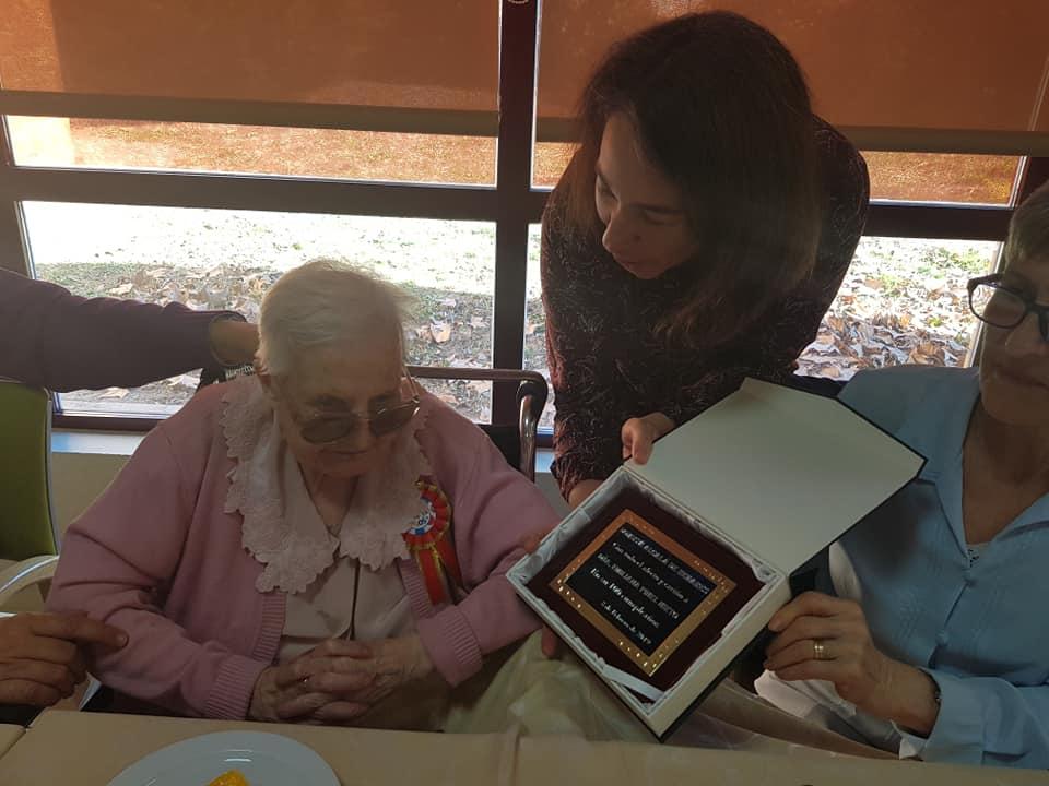 100 cumpleaños de Emiliana
