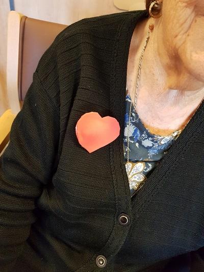 Broche de San Valentín en DomusVi Alcalá de Guadaíra