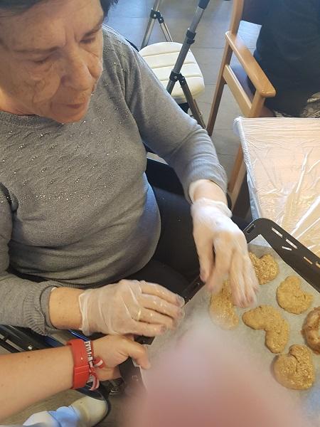 Receta de galletas en DomusVi Alcalá de Guadaía