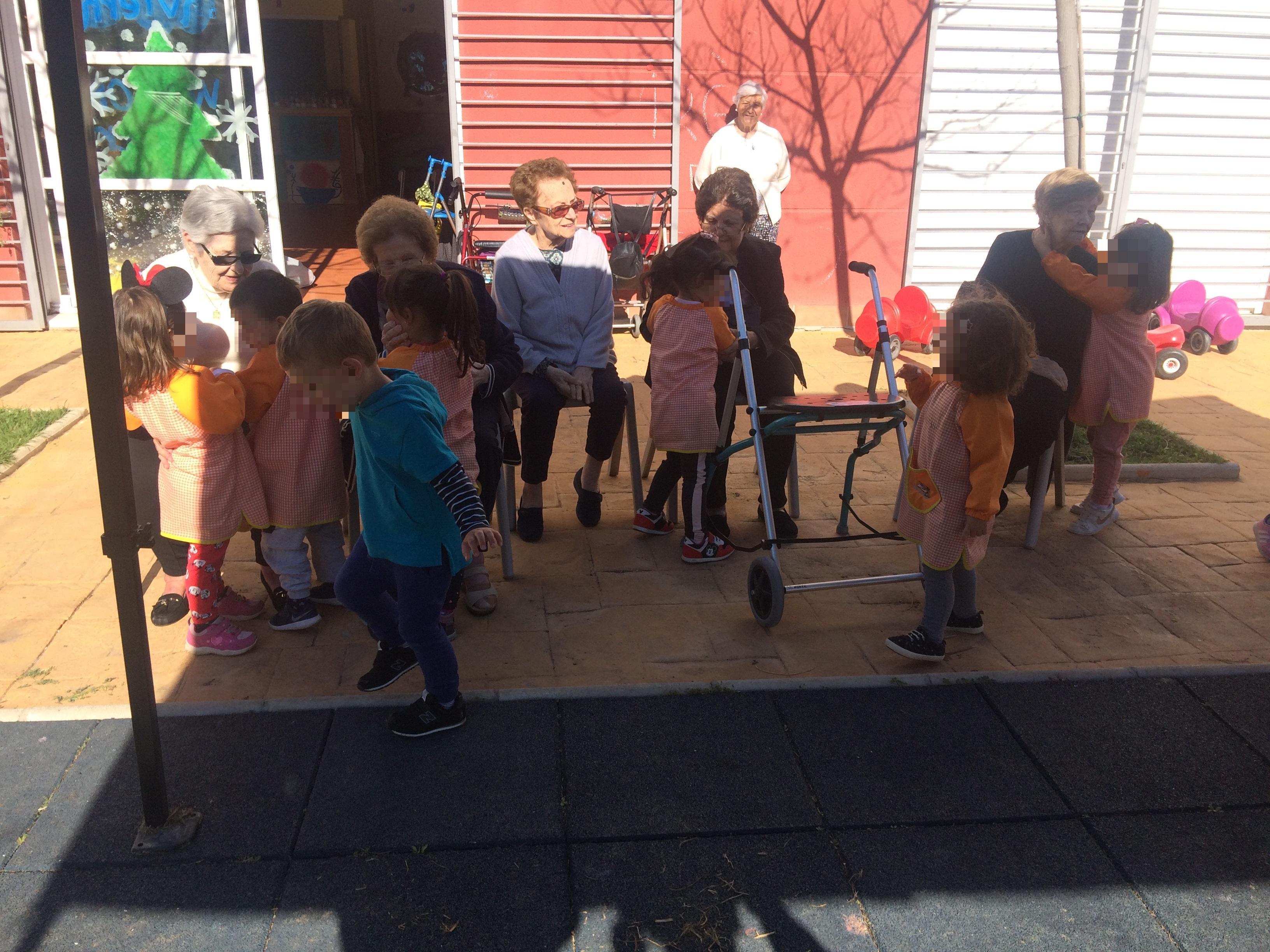 Centro Infantil Virgen del Rosario y DomusVi Fuentesol