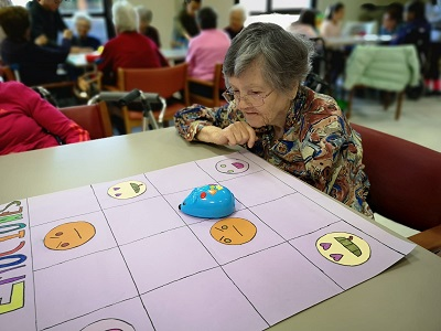 Juegos de hoy y de antaño en DomusVi leganés (6)