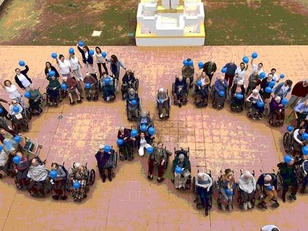 Día del autismo en DomusVi Alcalá de Guadaíra