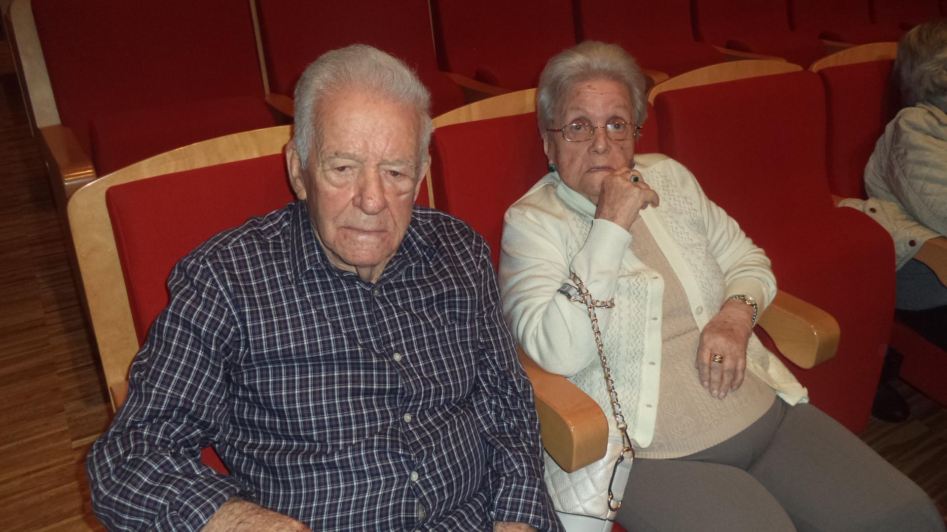 Día de musicales con los mayores de DomusVi Fuentesol y el teatro de Cartama