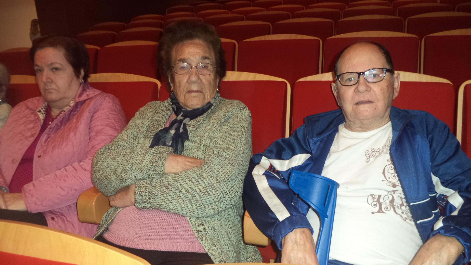 Musical en Cartama y mayores de la residencia DomusVi  Fuentesol