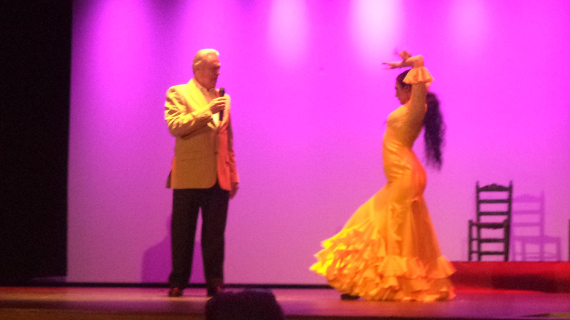 Teatro Cartama y el musical con DomusVi Fuentesol