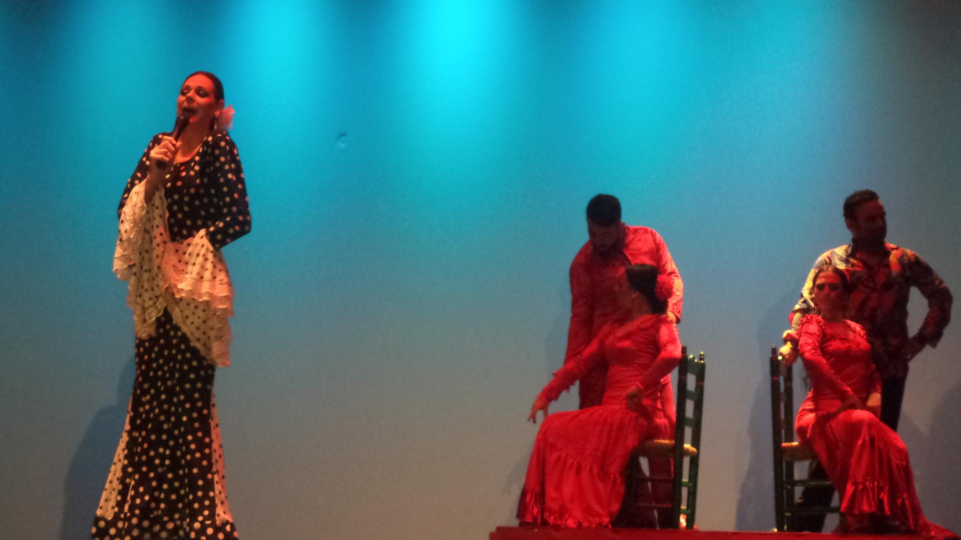 Mayores DomusVi Fuentesol en el teatro de Cartama