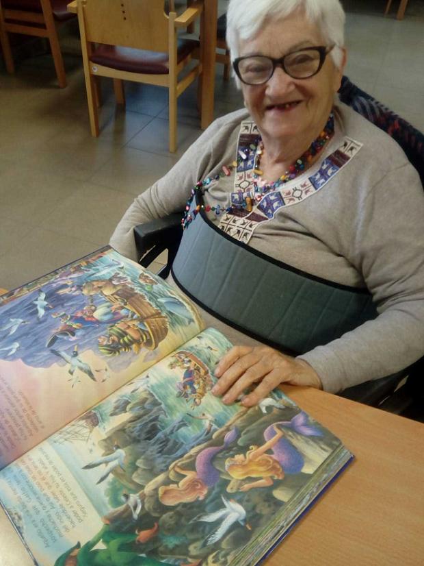 DomusVi Micaela Aramburu - Día del Libro