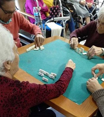 Torneo de dominó día del padre (2)
