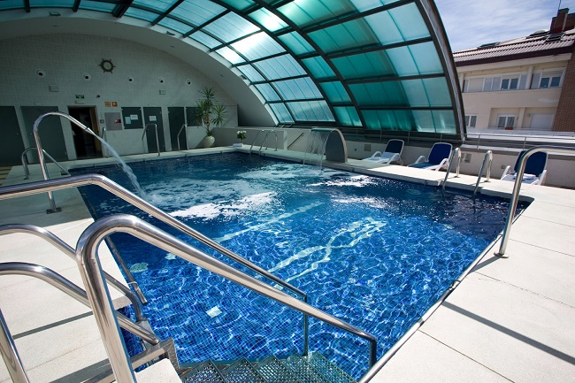DomusVi Tres Cantos piscina
