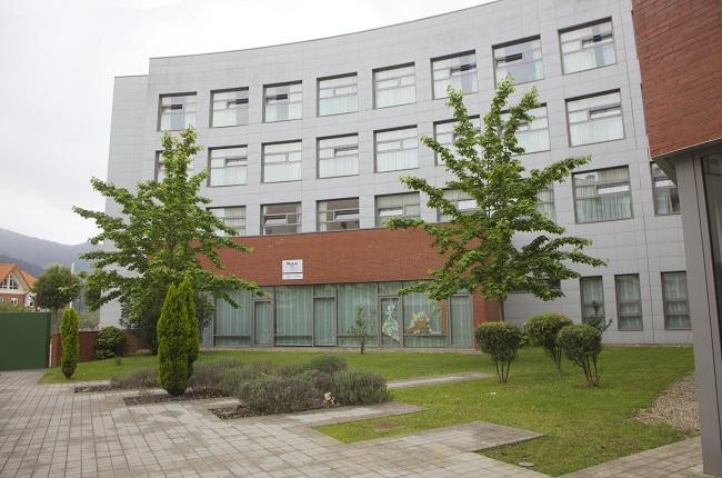 Residencia personas mayores Arandia Bilbao Jardín3