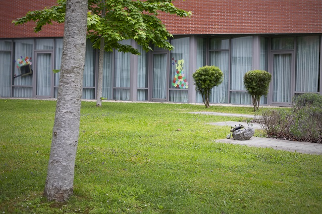 Residencia personas mayores Arandia Bilbao Jardín4