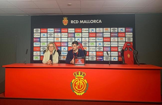Los centros DomusVi Mallorca visitan el nuevo Estadio Son Moix