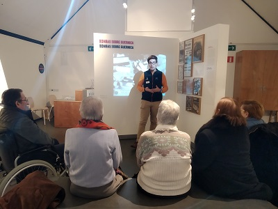 DomusVi Lugo visita Exposicion Guernica