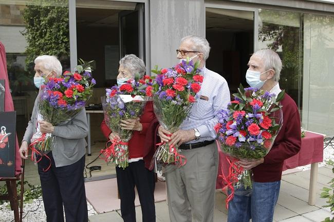 DomusVi residencia Santa Justa, ofrenda floral Semana Santa