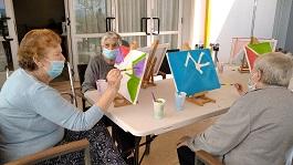 DomusVi-residencia-mayores-elda-arteterapia (16)