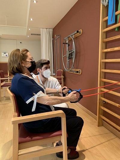 DomusVi-residencia-mayores-El-Serrallo-fisioterapia