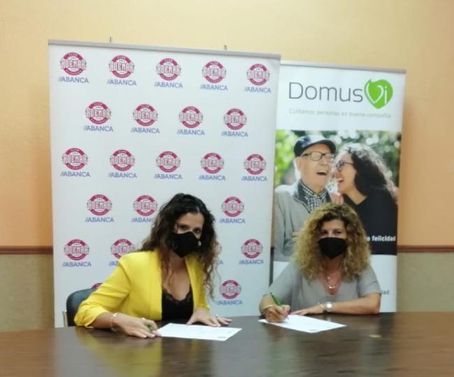 Firma Convenio DomusVi Club Balonmano Ademar Leon